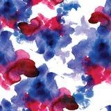 Den röda och blåa sömlösa modellvattenfärgen bläckar ner på vit bakgrund Royaltyfri Fotografi