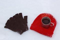 Den röda ullhatten, svart handskar och rånar Arkivfoton