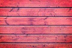 Den röda wood texturen med naturliga modeller Royaltyfria Bilder