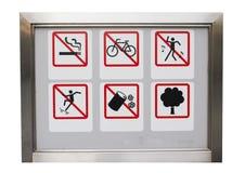 Den realistiska sex safty varningen förbjuder undertecknar in den aluminium ramen Royaltyfri Fotografi