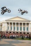 Den Red Bull X-kämpar utställningen turnerar Tyumen Ryssland Royaltyfria Bilder