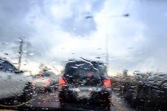 Den regnnedgången och trafikstockningen i Bangkok Royaltyfria Foton