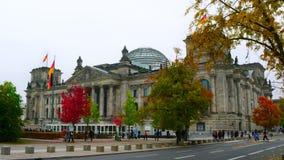 Den Reichstag byggnaden i Berlin, Tyskland Arkivbilder