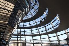 Den Reichstag kupolen Arkivfoton