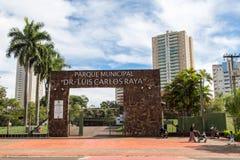 Den Ribeirao Preto staden parkerar, aka dren Luis Carlos Raya Fotografering för Bildbyråer