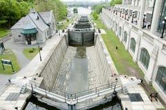 Den Rideau kanalen låser - Ottawa - Kanada arkivbilder