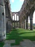 Den Rievaulx abbotskloster fördärvar Yorkshire fotografering för bildbyråer