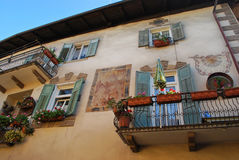 Den rika fasaden av en byggnad Fotografering för Bildbyråer