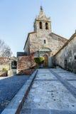 Den romanic kyrkan av Santa Maria de Sau i Vilanova de Sau, Spanien Fotografering för Bildbyråer