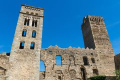 Den romanska abbotskloster av Sant Pere de Rodes, i kommunen Royaltyfria Bilder