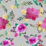 Den romantiska blom- sömlösa modellen med steg blommor och bladet Tryck för den ändlösa textiltapeten Hand-dragen vattenfärg Arkivfoto