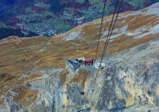 Den Rotair kabelbilen på Mt Titlis i Schweiz Royaltyfri Bild