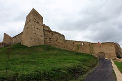 Den Rupea fästningen - fördärvar royaltyfria foton