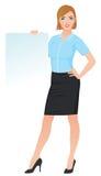 Den säkra affärskvinnan beklär i regeringsställning att rymma en tom vit Royaltyfri Fotografi