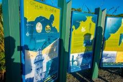 DEN SÖDRA ÖN, NYA SJÄLLAND MAY 23, 2017: Informativt tecken av uddefoulwindgångbanan som lokaliseras i den södra ön i nytt Royaltyfria Foton