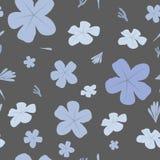 Den sömlösa blom- modellen med blått blommar på mörk bakgrund Arkivbilder