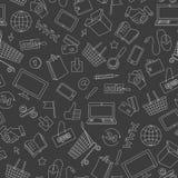 Den sömlösa illustrationen på temat av den online-shopping och internet shoppar, vita kontursymboler på mörk bakgrund Fotografering för Bildbyråer