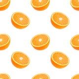 Den sömlösa modellen av apelsiner bär frukt isolerat på en vit bakgrund royaltyfri fotografi
