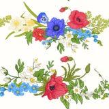 Den sömlösa modellen med vallmo blommar, påskliljor, anemoner som är violetta stock illustrationer