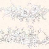 Den sömlösa modellen med vallmo blommar, påskliljor, anemoner som är violetta royaltyfri illustrationer