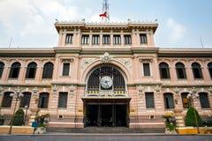 Posta - kontoret som planläggs av Gustave Eiffel, Ho Chi Minh City, Vietnam Fotografering för Bildbyråer