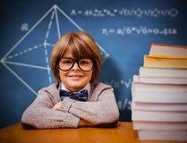 Den sammansatta bilden av eleven med många bokar Fotografering för Bildbyråer