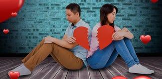 Den sammansatta bilden av ledsna par som rymmer bruten hjärta, lappar 3D Fotografering för Bildbyråer