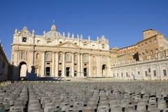 Den Sanka Peters Square i Vaticanen Royaltyfria Bilder