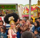 Den SANTA CRUZ SPANIEN karnevalet ståtar 2013 Arkivfoton