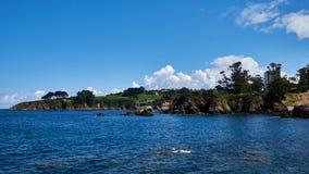 Den Santa Cruzt stranden, Santa Cruz i Santa Cruz Galicia, Spanien Royaltyfri Fotografi