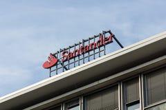 Den Santander gruppen är en spansk bankrörelsegrupp Fotografering för Bildbyråer