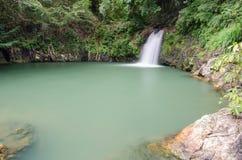 Den Sarika vattenfallthirden däckar Royaltyfri Fotografi