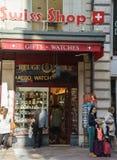 Den schweiziska souvenir shoppar Arkivfoton