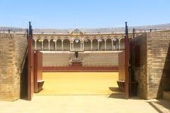Den Sevilla tjurfäktningsarenan Royaltyfri Fotografi
