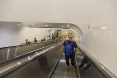 Den Shanghai tunnelbanan/gångtunnelen royaltyfria bilder