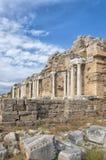 Den sidoNymphaeum springbrunnen fördärvar 04 royaltyfri bild