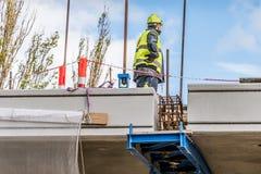 Den sista biten p? bron, kronprinsessaMary bro i Frederikssund, Danmark fotografering för bildbyråer