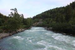 Den Sjoa floden nära det Sjoa kajaklägret Royaltyfria Foton