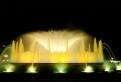 Den sjungande springbrunnen i Barcelona Royaltyfria Foton