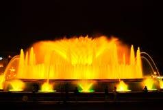 Den sjungande springbrunnen i Barcelona Arkivfoto