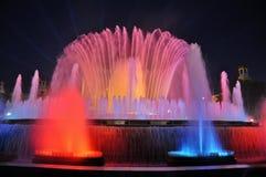Den sjungande springbrunnen i Barcelona Arkivbilder