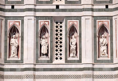 Den skägglösa profeten, den skäggiga profeten, Abraham Sacrificing Isaac, tänkaren, Florence Cathedral Arkivfoto