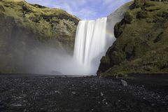 Den Skogafoss vattenfallet Island Royaltyfria Foton