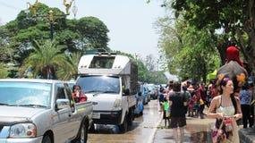 Den Songkran festivalen firas med elefanter i Ayutthaya Fotografering för Bildbyråer