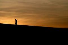 In den Sonnenuntergang Stockfoto