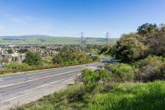 Den spolande stenlade vägen i Santa Teresa parkerar, San Jose, Santa Clara County, Kalifornien arkivfoto