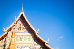 Den Sri Don Chai templet är den turist- dragningen av Chiang Khong som är chian Royaltyfria Foton