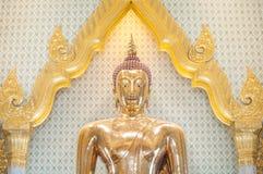 Den största Buddhastatyn för fast guld i världen, Wat Traimit, Bangkok, Thailand Royaltyfri Fotografi