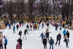 Den största utomhus- isisbanan i Moskva Arkivfoton
