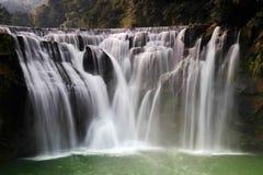 Den största vattenfallet i Taipei, Taiwan Arkivbild